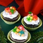 Christmas Cupcakes with Candy Presents @EclecticEveryday