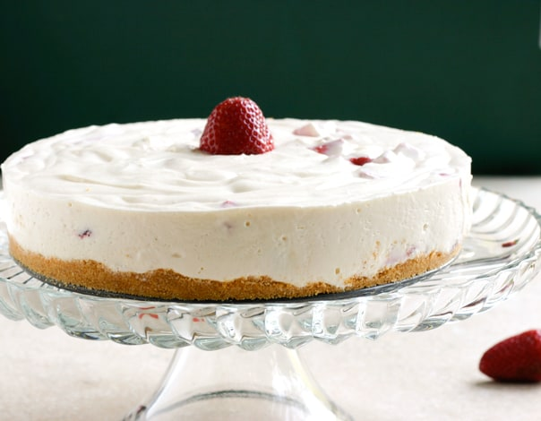 No Bake Strawberry Cheesecake @EclecticEveryday