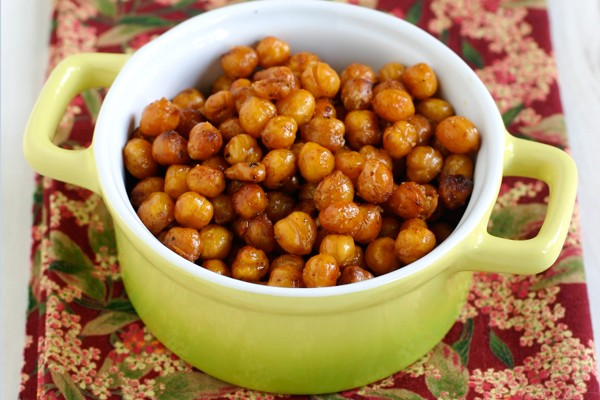 Spicy Roasted Chipotle Chickpeas Recipe
