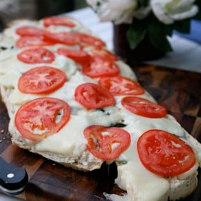Basil Garlic Cheese Bread