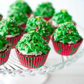 Christmas Tree Cupcakes 1