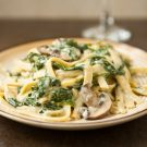 Mushroom Spinach Alfredo @EclecticEveryday