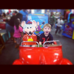 Chuck E. Cheese Fun 1