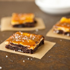 Vanilla Bean Cheesecake Fudge Brownies with Salted Caramel 2