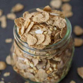 Vi Crunch™ Protein Super Cereal with Chocolate Macadamia Granola 1