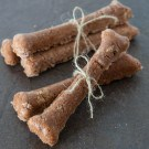 Easy Homemade Dog Treats @EclecticEveryday