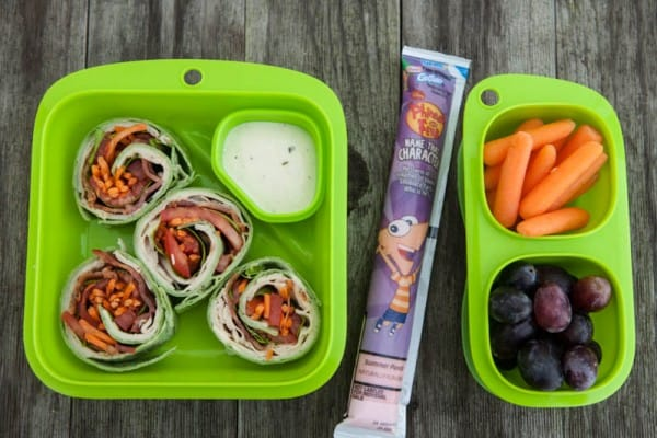 green lunchbox with gogurt