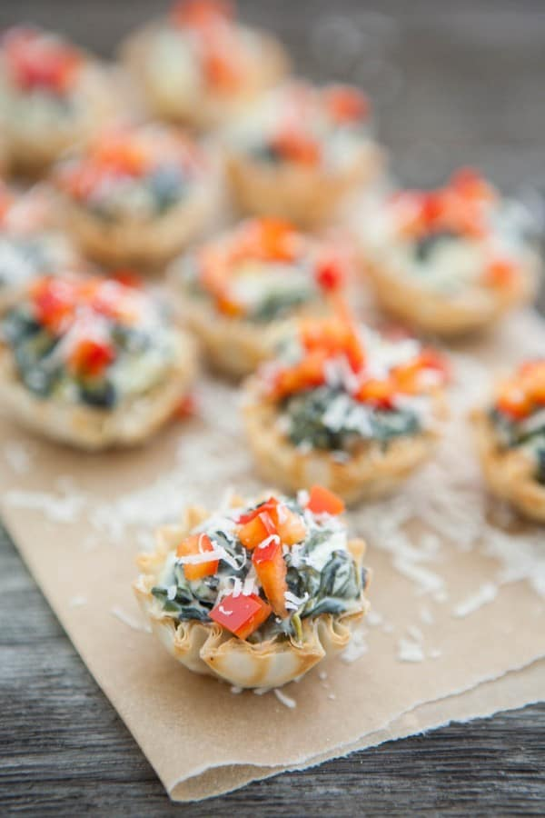 spinach in phyllo cups