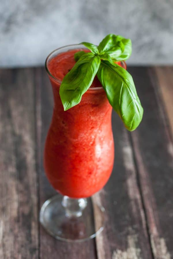 basil and berry drink