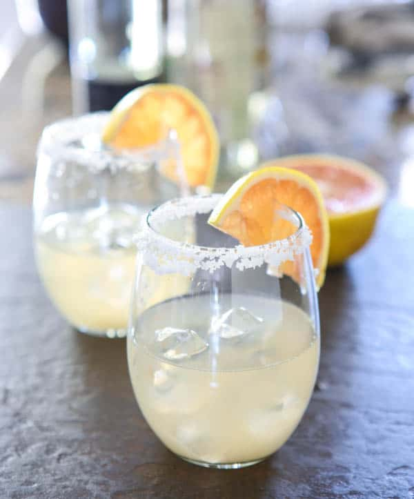 Grapefruit Margarita {Giveaway} #VivaLaRita Recipe