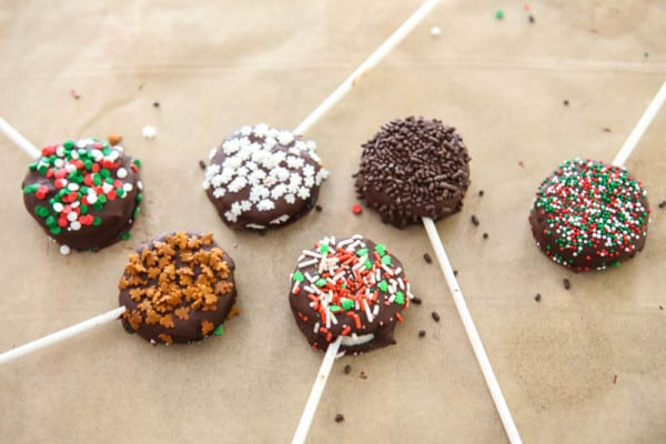 chocolate holiday cake pops