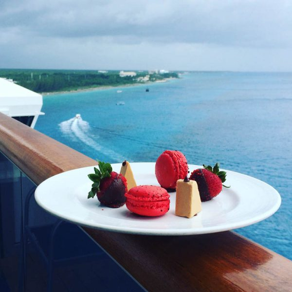 picture of macaroons and chocolate strawberries