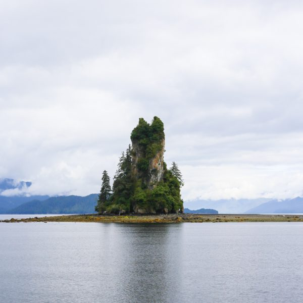 picture of small isle