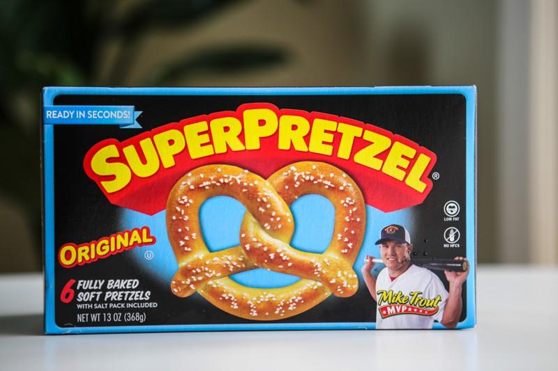 super pretzel box