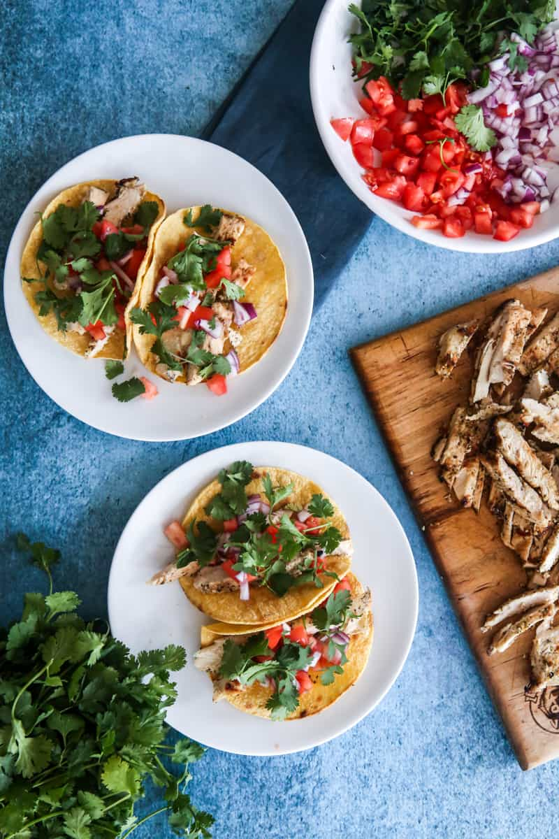 tacos with vegetables and chicken