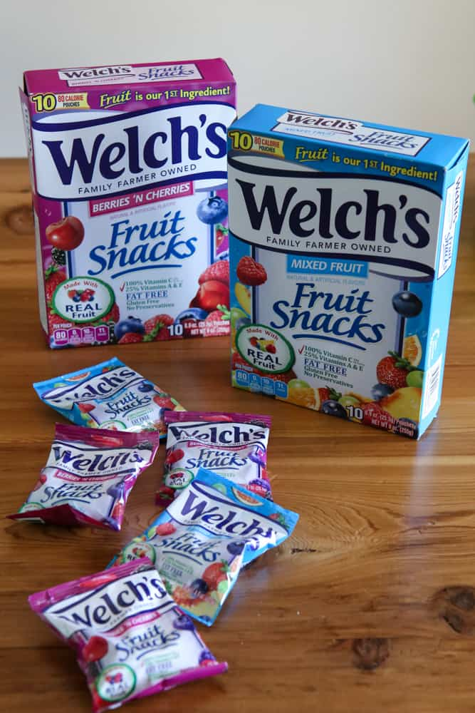 welch's fruit snacks box and bags
